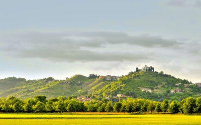 Montevecchia: borgo gourmet dove germogliano le erbe aromatiche del nostro prosciutto