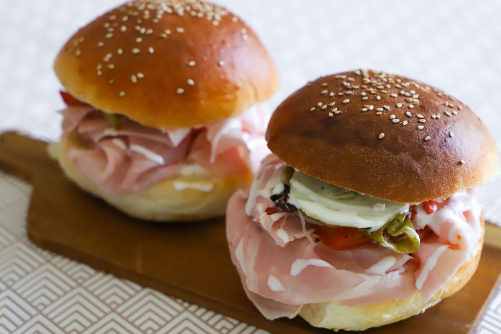 calorie-panino-con-prosciutto